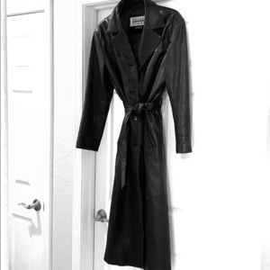 Leather trench coat: thinsulate lined